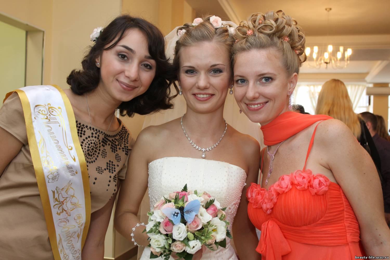 Прически для подружек невесты своими руками 829